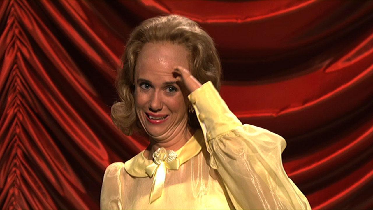 Kristen Wiigs Top 7 Snl Characters Funny Status